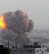 غارات إسرائيلية تستهدف موقعاً غرب غزة