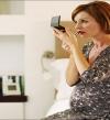 تعرفى على مستحضرات التجميل والعناية بالبشرة الآمنة خلال الحمل