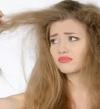 4 وصفات طبيعية سهلة لترطيب الشعر الجاف