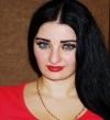 صافيناز تلغى جميع حفلاتها بمصر وتسافر لتلقى عزاء والدها