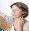 حلول علاجية بديلة للهبات الساخنة بعد انقطاع الطمث