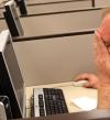 6 أشياء لا تفعلها أبداً على كمبيوتر العمل