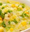 لشتاء دافئ .. شوربة البطاطس بالذرة من المطبخ الغربى