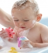 خطوات تحسنين رائحة شعر طفلك فى الصيف