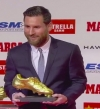بالفيديو.. ميسى يتسلم الحذاء الذهبى ومحمد صلاح بالمركز الثانى