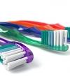 حكاية 7 اختراعات بالصدفة : فرشاة الاسنان والكوريكتور !!