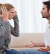 كيف تتصرفين حين ينظر حبيبك إلى امرأة أخرى؟!