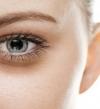 الجيوب الأنفية تسبب الهالات السوداء تحت العين فى فصل الشتاء