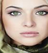 مكياج ناعم لذوات العيون الخضراء : هيزود جمالك !!