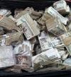 أمين شرطة يرفض رشوة مليون جنيه لمساعدة مهربين بالمطار