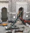 بالصور..سقوط ذراع رافعة متحركة داخل منطقة عمل بالمسجد الحرام