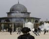 تجدد المواجهات صباحاً في باحات الأقصى عقب اقتحام القوات الإسرائيلية