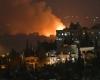 8 قتلى فى ضربة إسرائيلية استهدفت حمص .. والدفاعات السورية تعلن التصدى لصواريخ إسرائيل