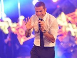 """بالفيديو.. عمرو دياب: """"سميت بالرحمة ذاتك وجعلتها فى صفاتك"""""""