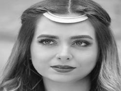"بالفيديو.. هبه مجدى تنافس محمد محسن وتغنى ""فى قلبى مكان"""