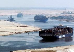 توقيع عقود إنشاء 7 مشروعات باقتصادية قناة السويس
