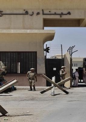 استئناف افتتاح معبر رفح البري لعبور العالقين من الجانبين