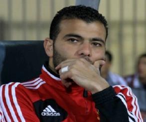 عماد متعب يقترب من إعلان اعتزال كرة القدم