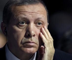 مستوردون أتراك يلغون تعاقداتهم لشراء ملابس بسبب تراجع الليرة