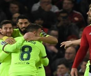 برشلونة يستضيف بلد الوليد لملاحقة أتلتيكو وريال مدريد في صراع الصدارة