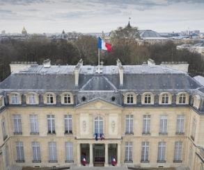 قمة باريس الاقتصادية تؤسس لمرحلة جديدة في الشراكة الفرنسية – الأفريقية