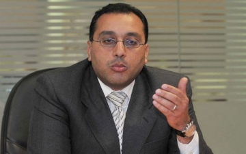 مدبولى يستعرض مع وزيرى التموين والزراعة خريطة المنتجات والسلع الزراعية