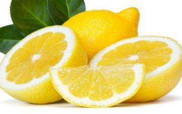 تعرف على 4 أطعمة تطهر الكبد.. أهمها الثوم والليمون