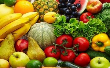 احرص على تناول العصائر والفاكهة بالسحور لتجنب العطش