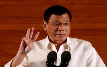 الرئيس الفلبينى يعلن خروج بلاده من جلباب أمريكا