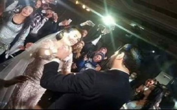 الصور الأولى لزفاف عمرو يوسف وكندة علوش