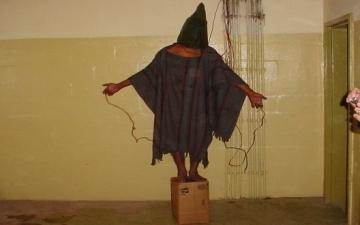 قاضٍ أمريكى يلزم البنتاجون بإظهار صور فضيحة سجن أبوغريب بالعراق