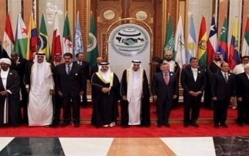 القمة العربية .. ملفات ساخنة وقضايا متعددة