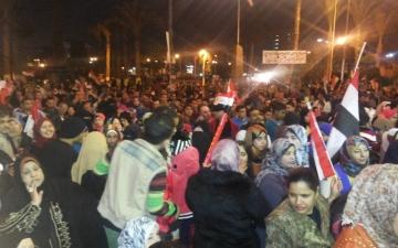 بورسعيد تحتفل بنجاح استفتاء الدستور علي انغام السمسمية و تسلم الأيادي