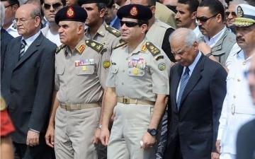 واشنطن بوست : مصر بديمقراطيتها الوهمية لا تستحق المعونة الأمريكية
