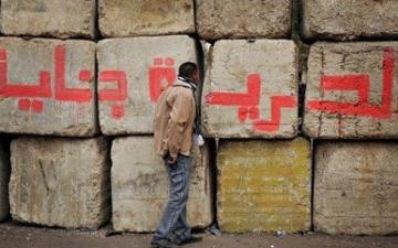 مواطنون : الحوئط «الخراسانية» تحول قلب القاهر إلى جحيم