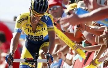 كونتادور يحافظ على الصدارة ويفوز للمرة الثالثة فى سباق اسبانيا للدرجات