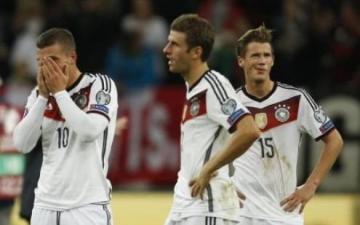 ايرلندا تفاجيء المانيا بهدف تعادل قرب النهاية بتصفيات كأس اوروبا 2016