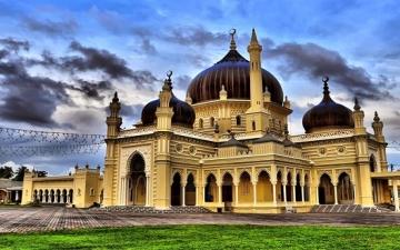 مسجد زاهر فى ماليزيا .. عندما يمتزج التصميم باركان الاسلام !!