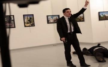 لماذا لم يتم اعتقال قاتل السفير الروسى حيًا ؟!