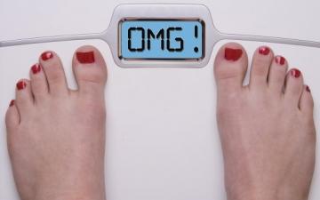 8 أسباب لا تعرفينها تزيد من وزنك دون أن يخطر ببالك