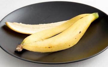 مفاجأة .. فوائد سحريّة مذهلة لقشر الموز