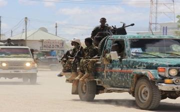 الشرطة الصومالية تحرر رهائن فندق مقديشيو وسقوط 15 قتيلاً