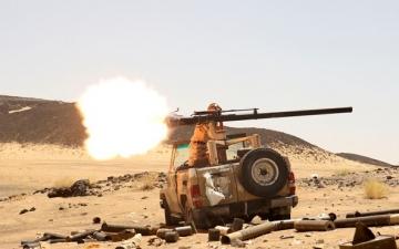 اشتداد المعارك بين الحوثيين والجيش اليمني في محيط مدينة مأرب