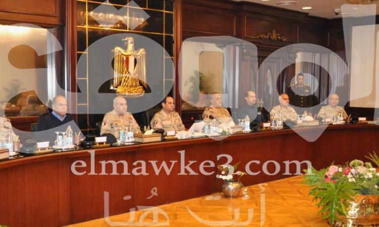 """حصرى للموقع …مصادر :السيسي ترك مقاليد الأمور ل """"صدقى"""" عقب الإجتماع الأخير"""
