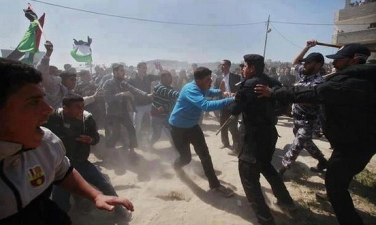 بالفيديو …حماس تعتدى على معتصمين بجامعة القدس