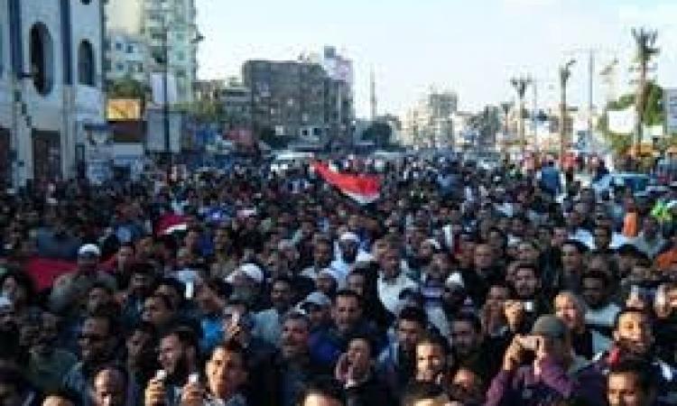 الشرقية تحتفل والاهالى تطالب السيسى بالترشح للرئاسة .