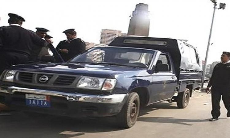 أهالي بني سويف يمنعون جماعة الإخوان من حرق سيارة شرطة