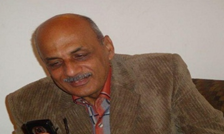"""جمعية الصحفيين ببورسعيد تناشد السيسي نقل """"عليوة"""" جواً للعلاج"""