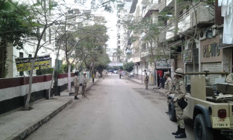 استنفار أمنى وإغلاق المداخل بميدان التحرير