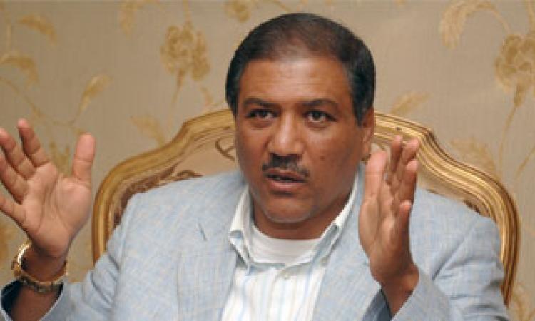 السادات: مصر تواجه خطر الإرهاب من الخارج